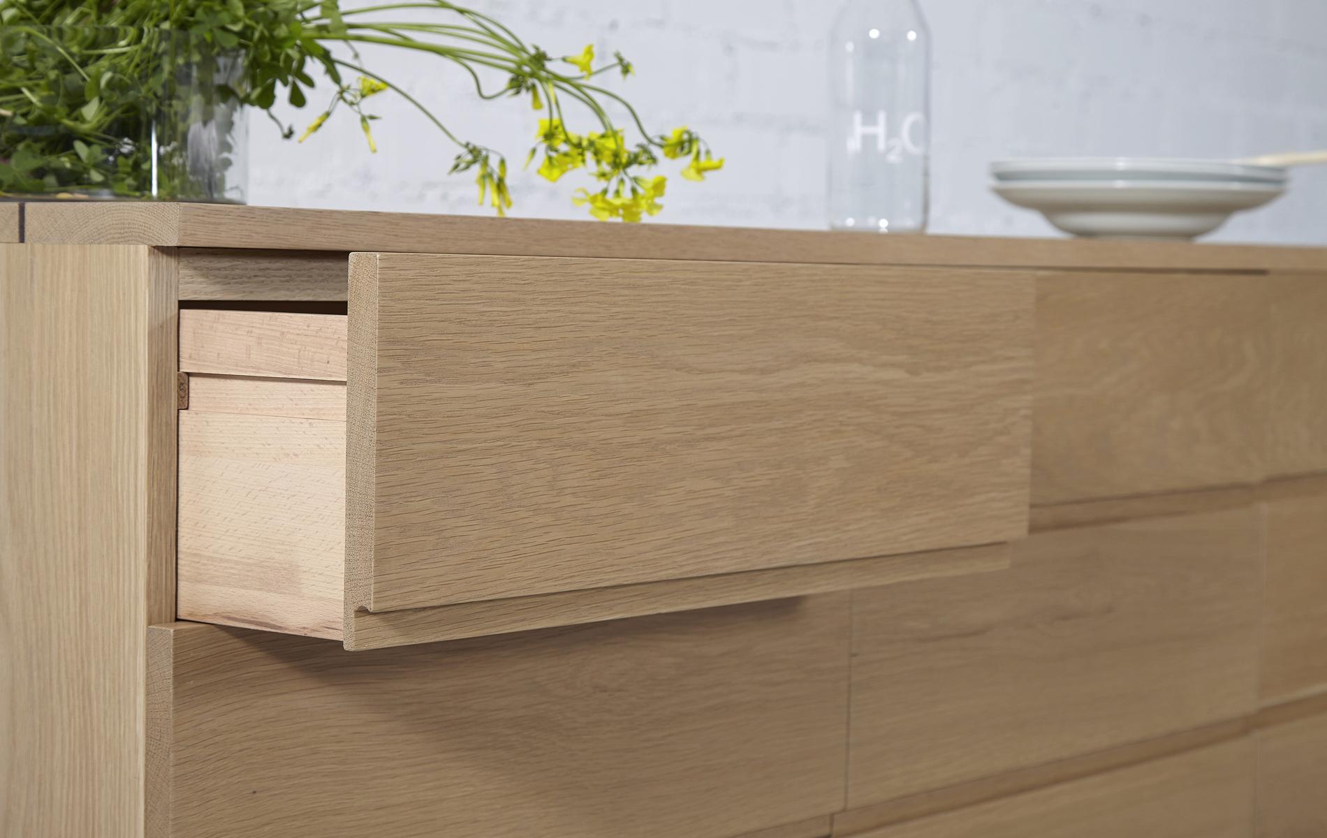 aparador madera roble salón