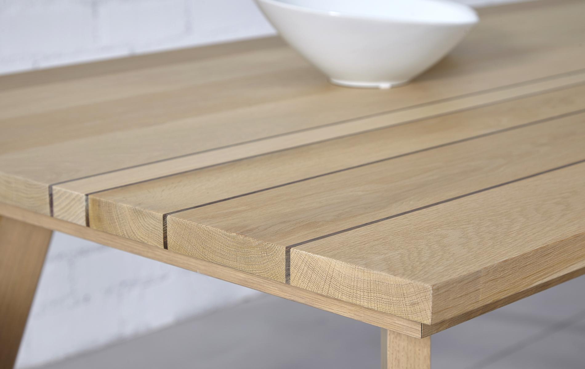 Mesa comedor roble de estilo nordico tienda online mueble for Mesa comedor estilo escandinavo