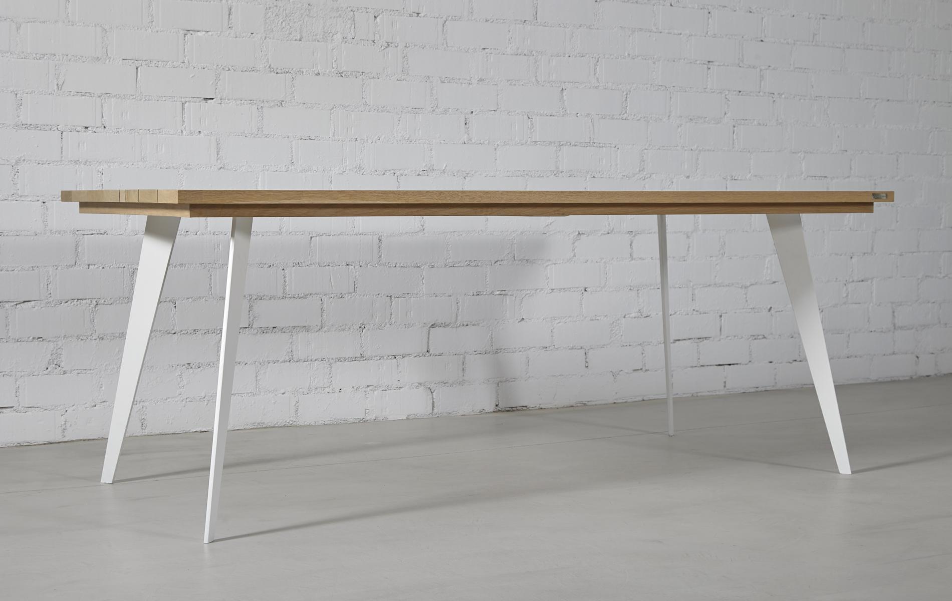 mesa patas hierro