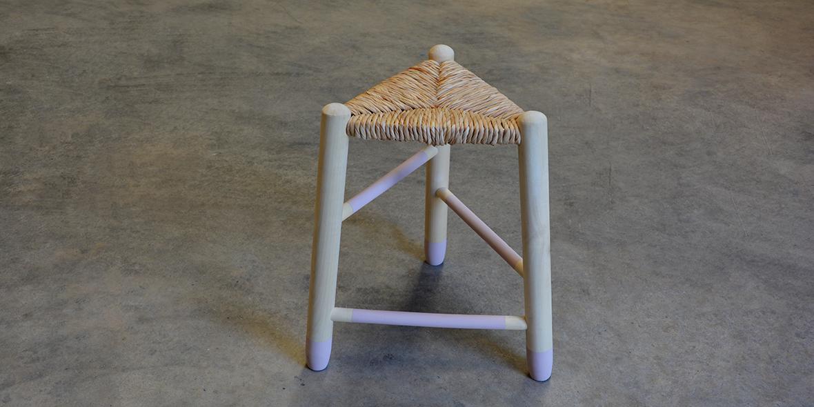 taburete madera asiento enea