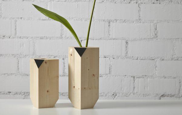 jarron madera nordico negro de diseño