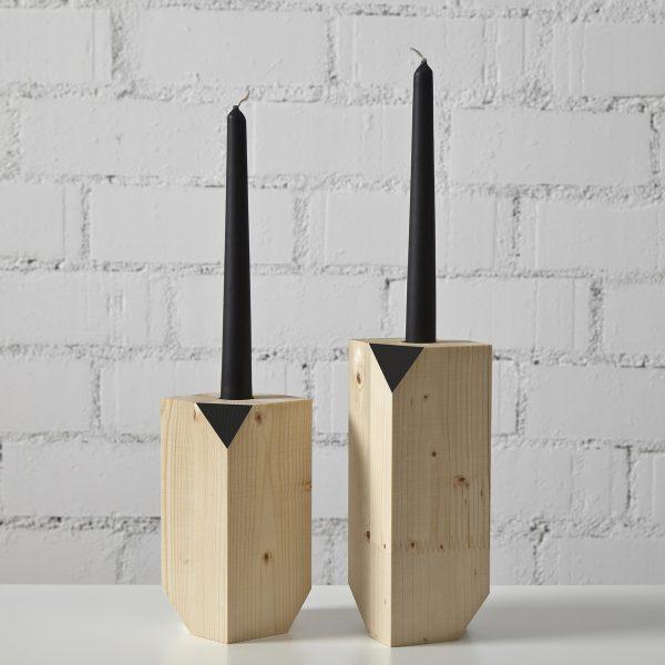 candelabro madera geométrico color natural y negro