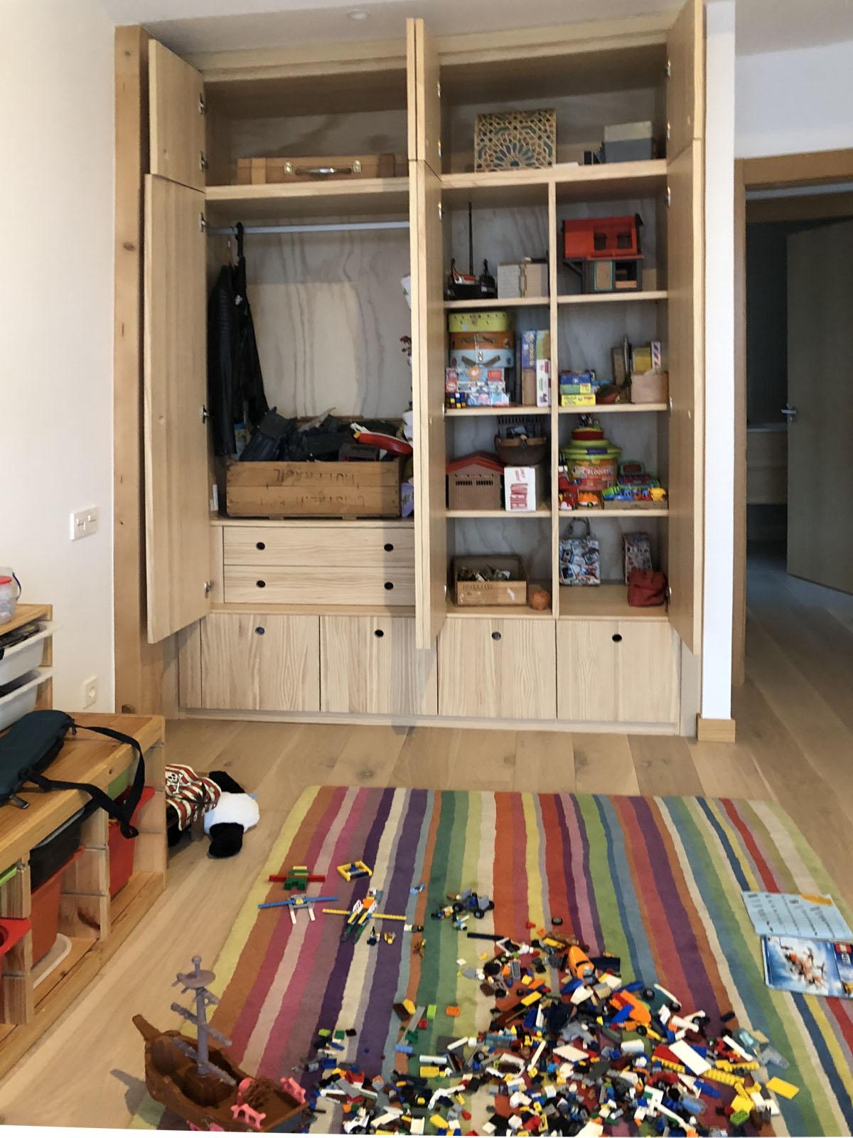 armario ropero de madera con 4 cajones zapatero