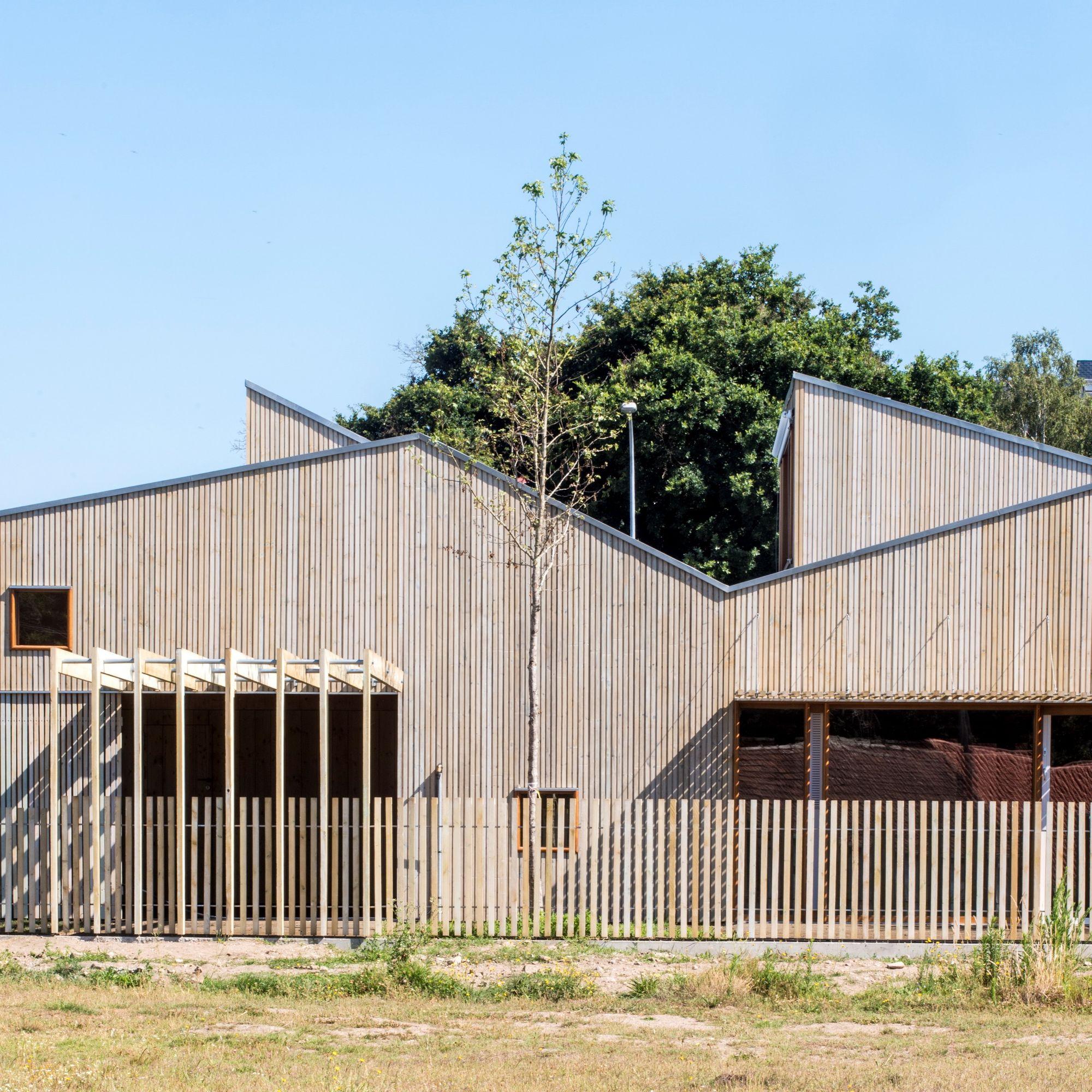 edificio construido en madera