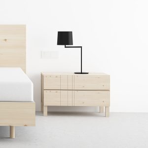 mesita de dormitorio de 2 cajones color natural diseño escandinavo